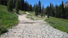 Fork in road - right to PCT, left to Hole in the Ground